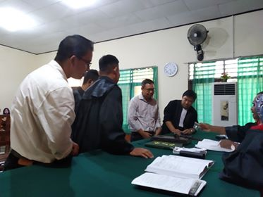 Suasana persidangan perkara terdakwa Andes di PN Manado. (Ist)