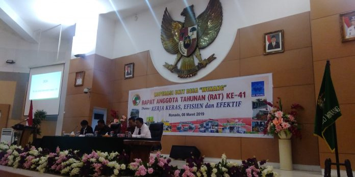 "Gubernur Sulut saat menghadiri kegiatan RAT ke-41 KUD ""Wenang"""