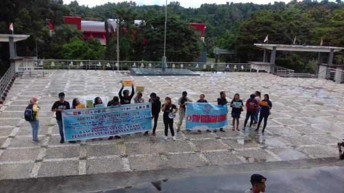 KMSAKS Sulut desak DPRD Sulut untuk menyatakan sikap ke DPR RI terkait pengesahan RUU Penghapusan Kekerasan Seksual.
